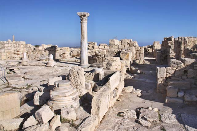 Античная Фира